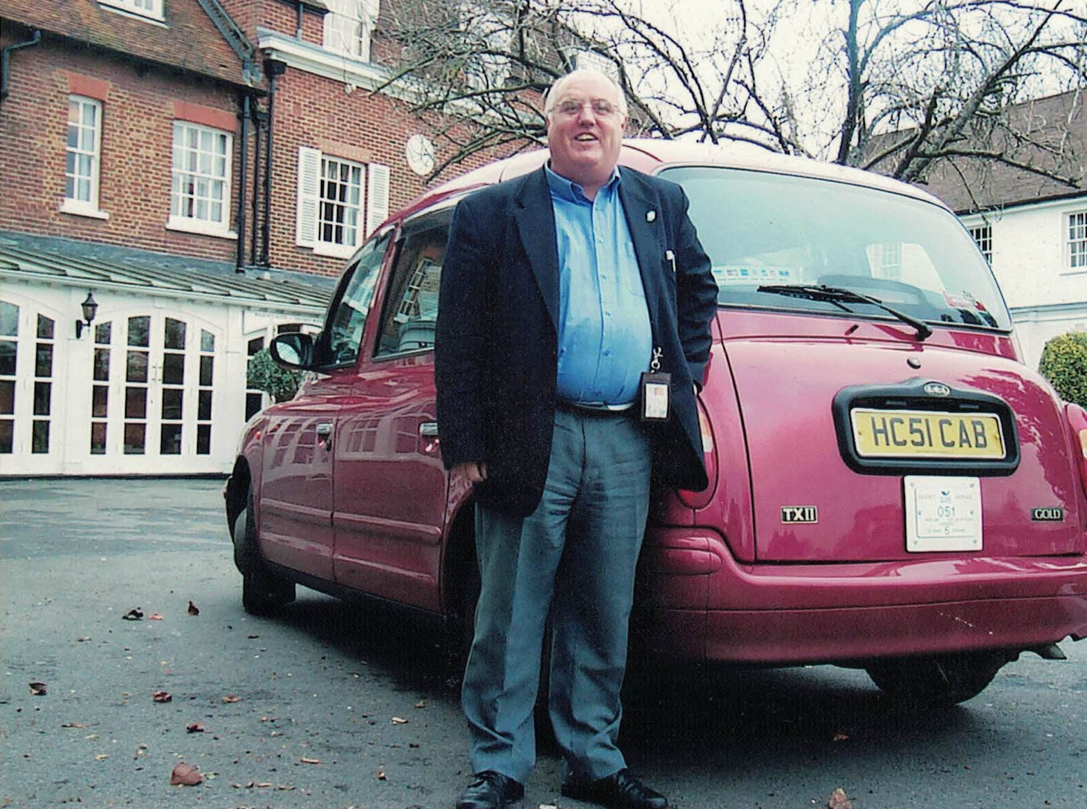 Ray with his HC51CAB London taxi at the Compleat Angler, Marlow - circa 2002
